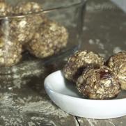 Gluten Free Vegan Oat Date Power Ball Energy Bites