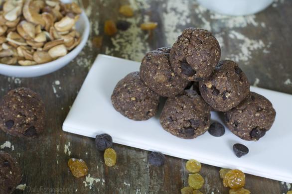Gluten-free, Grain-free, Vegan Chocolate Cashew Protein Balls