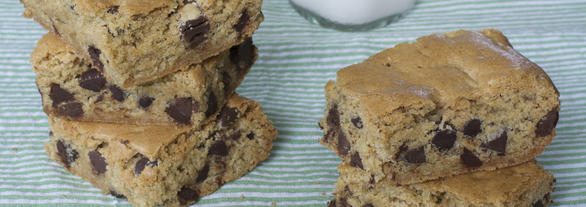 Gluten-free Dairy-free Oat-free Chocolate Chip Cookie Bars