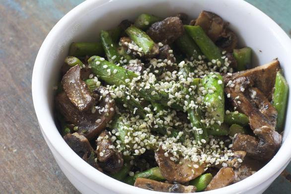 Gluten Free Vegan Asparagus Mushroom Lunch Bowl by DailyForage.com