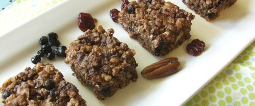 Chewy Fruit & Nut Trail Mix Bars, Recipe/Photo by Daily Forage